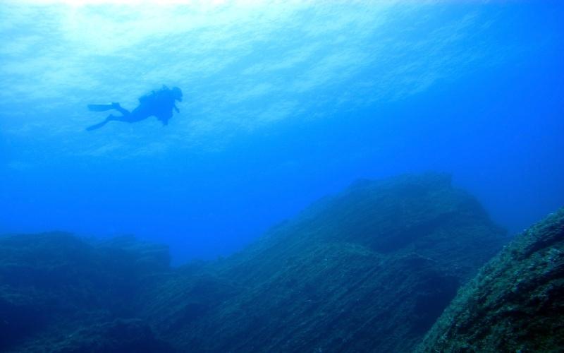 Submarinista en las aguas de El Hierro