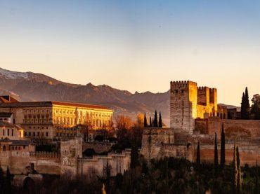 Los mil y un orígenes del nombre de Granada | Leyendas de la Andalucía Ancestral 7