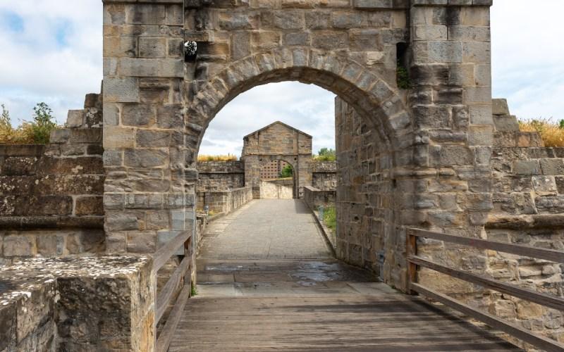 Entrada a la ciudadela de Pamplona