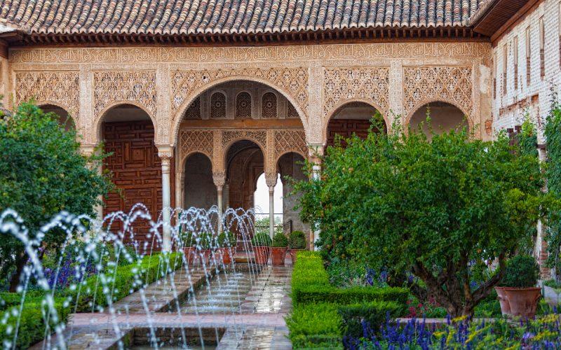 Patios del Generalife de la Alhambra de Granada