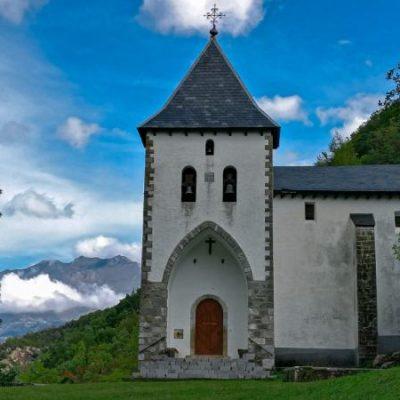 Caminata a la ermita que escondió a una emperatriz | El Rincón del Finde