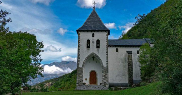 Caminata a la ermita que escondió a una emperatriz   El Rincón del Finde
