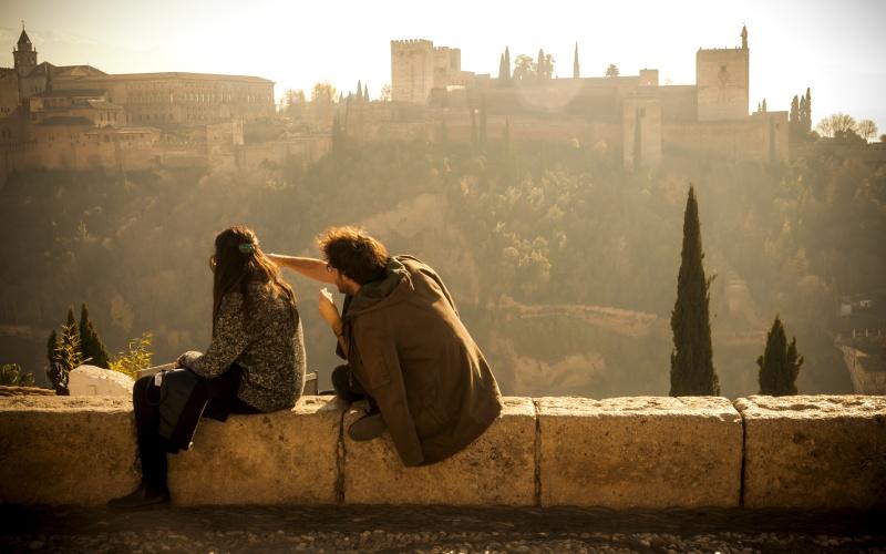 Vistas a la Alhambra de Granada desde el mirador de San Nicolás