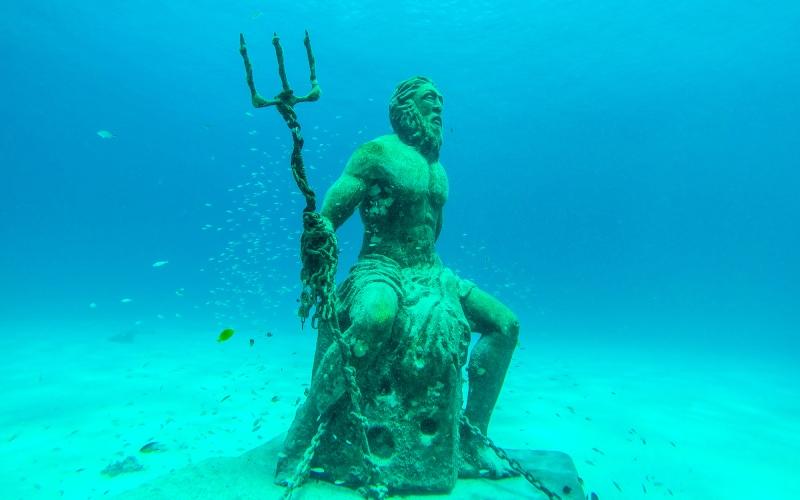 Dios Poseidón. | Shutterstock