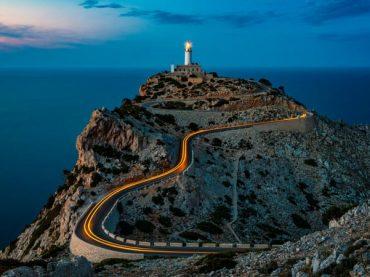 7 increíbles faros de España de postal
