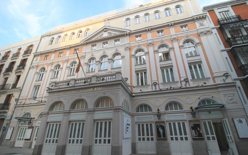 En 1974, estrenó Los comuneros en el Teatro María Guerrero