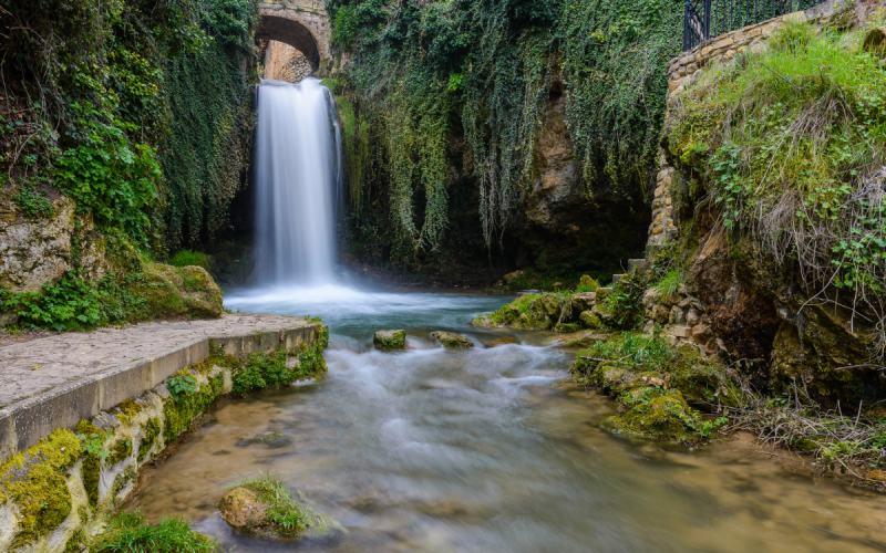 Caída de agua en Tobera