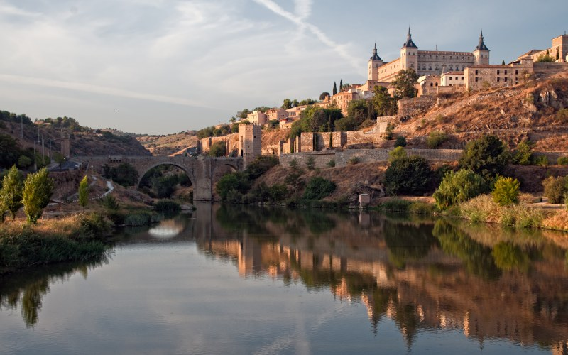 Panorámica de Toledo y el Tajo