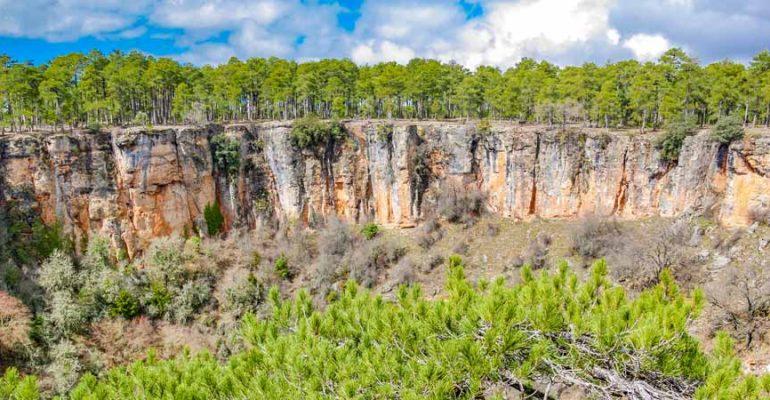 Lagunas y cráteres en la Serranía Baja de Cuenca