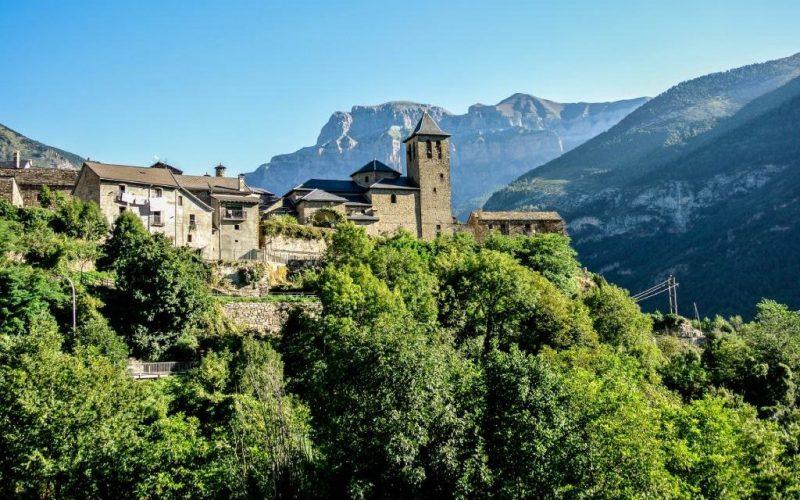Torla pueblos medievales más bonitos de España