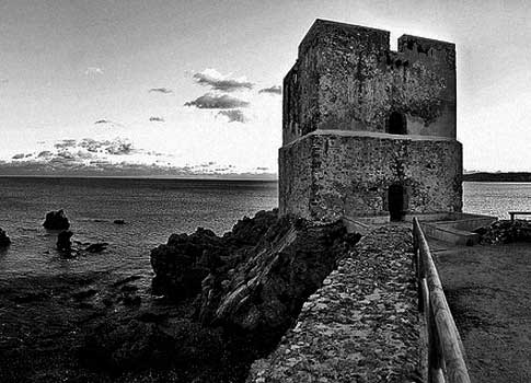 foto antigua Torre de la Sal en Casares