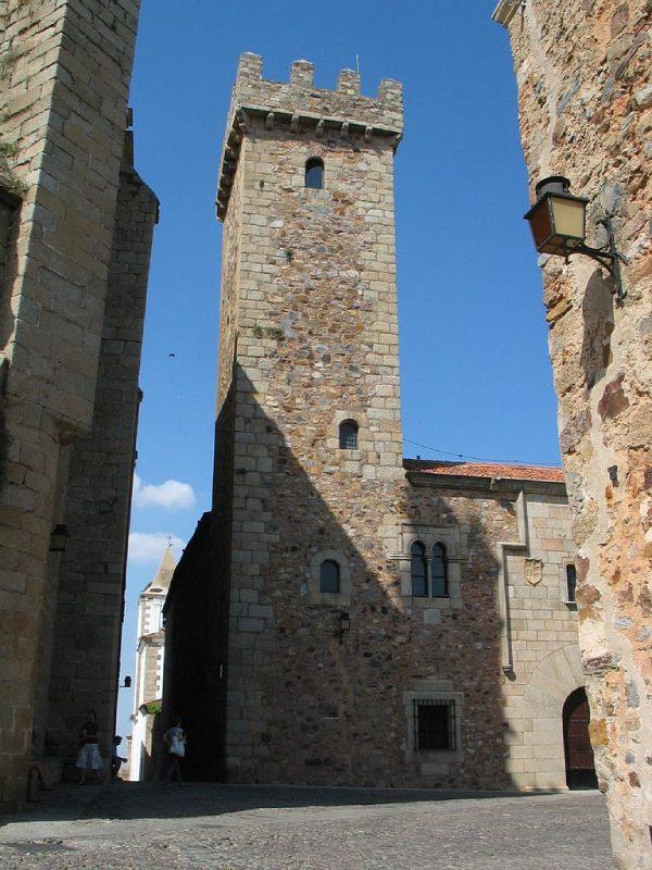 Torre del palacio de las Cigüeñas Cáceres