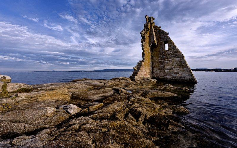 Torre de San Saduniño, otra edificación anti-vikinga gallega