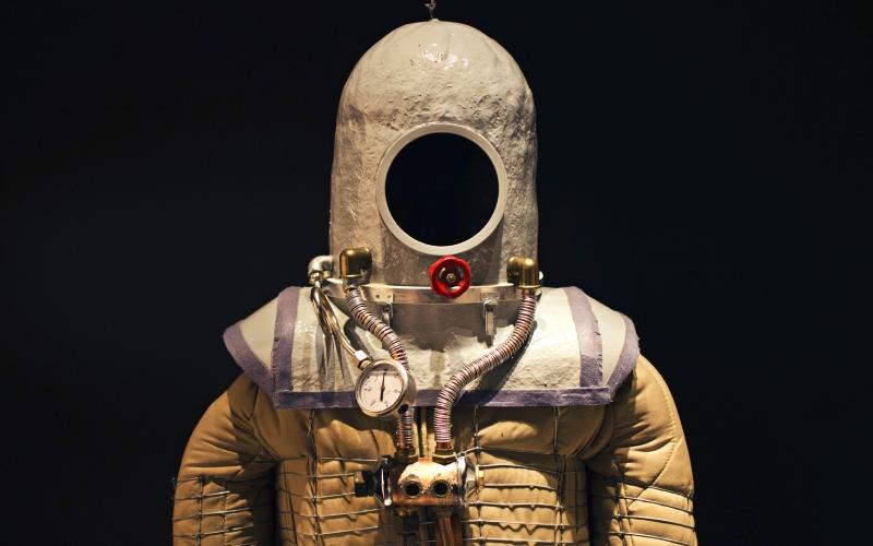 Réplica de el traje espacial diseñado por Emilio Herrera