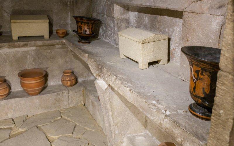 Réplica del interior de una estancia en la Cámara Sepulcral de la Toya