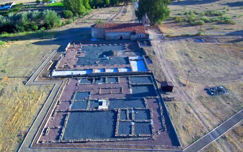 Vista, captada desde dron, de la ciudad romana de Turóbriga