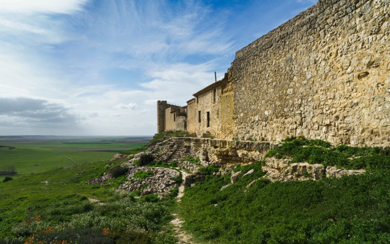 """Tras la muralla de Urueña, """"ancha es Castilla"""""""
