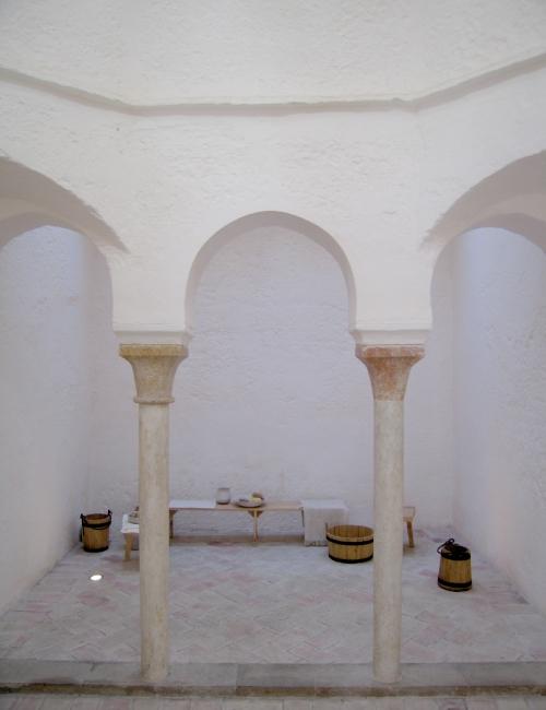Baños del Almirante de Valencia