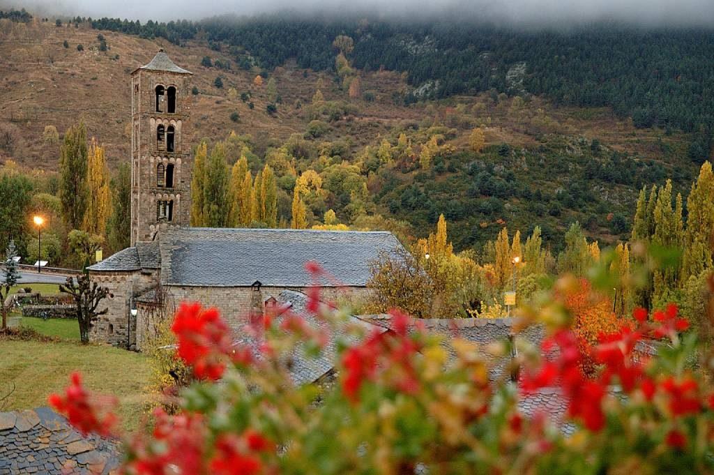 Valles de España para una escapada en otoño Boí o Bohí
