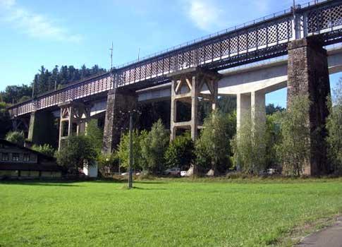 Viaducto de la línea ferroviaria París-Madrid de Ormaiztegi
