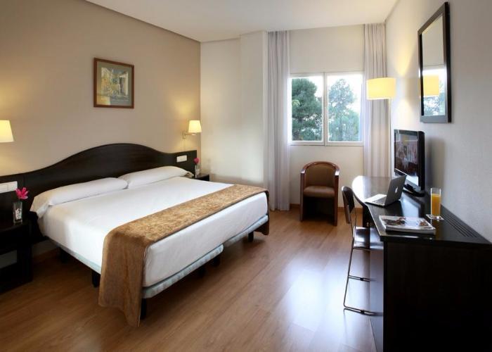 dormir villena hotel poseidon villa biar