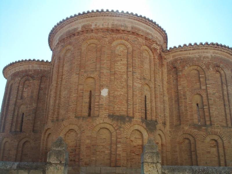 Restos de la iglesia de Santa María la antigua en Villalpando