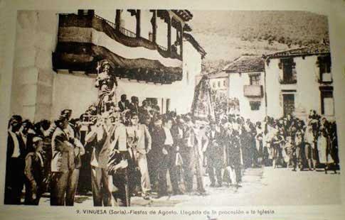 foto antigua procesion fiestas vinuesa