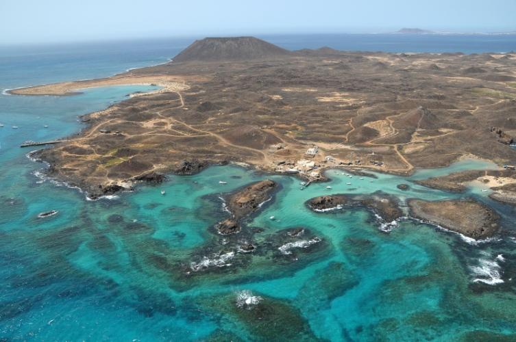 Vista aérea de la isla de lobos