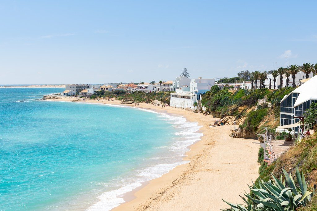 Los Caños de Meca desde la Playa del Pirata