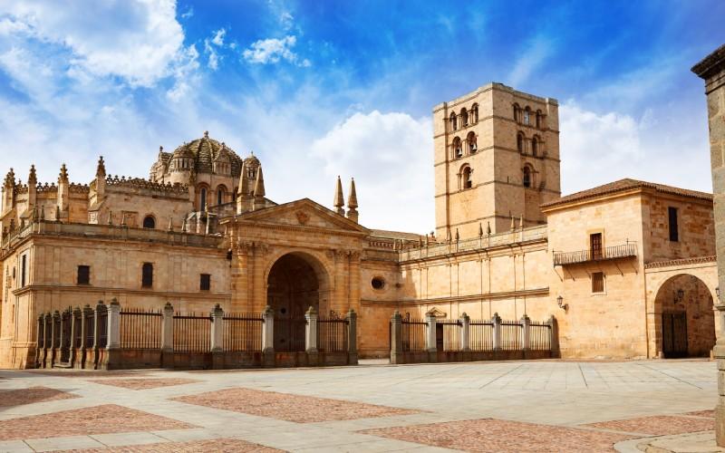 La catedral de Zamora, una de las más pequeñas y también una de las más destacables